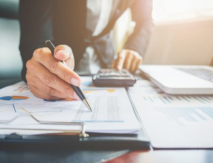 5 reasons why you should outsource accounting